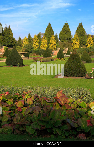 Newstead Abbey, Nottinghamshire. The Rose Garden in autumn. Newstead Abbey was the ancestral home of Lord Byron. - Stock Photo