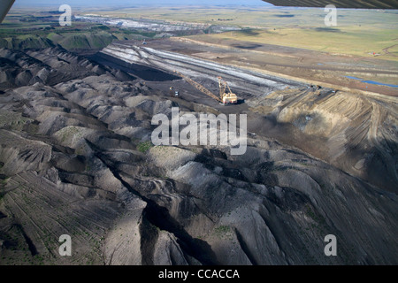 Aerial view of a dragline being used in the process of coal surface mining in Campbell County, Wyoming, USA. - Stock Photo