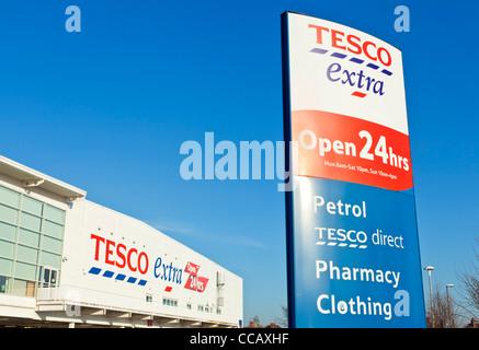 Tesco Extra Supermarket Long eaton town Derbyshire Nottinghamshire England UK GB EU Europe - Stock Photo