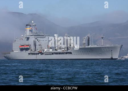 The Henry J. Kaiser class replenishment oiler USNS Guadalupe (T-AO-200) enters San Francisco Bay - Stock Photo