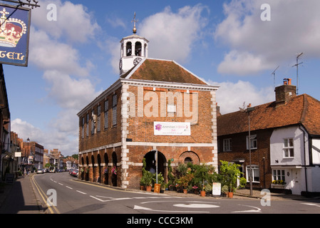 Old Amersham - High St - Market Hall c1682 - village in bloom display - bright sunlight - Stock Photo