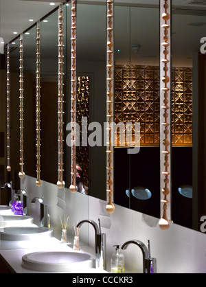 Aqua Restaraunt, London, Glamorous, 2011-toilet - Stock Photo