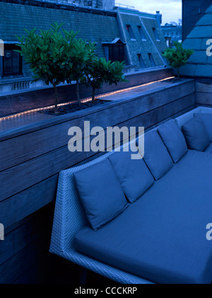 Aqua Restaraunt, London, Glamorous, 2011-rooftop - Stock Photo