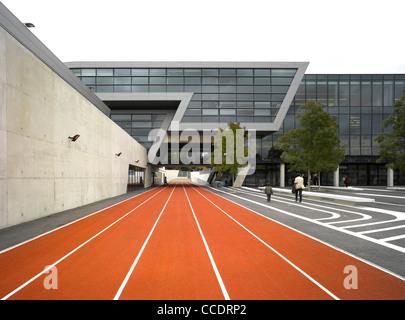 EVELYN GRACE ACADEMY, BRIXTON, ZAHA HADID ARCHITECTS-EXTERIOR VIEW - Stock Photo