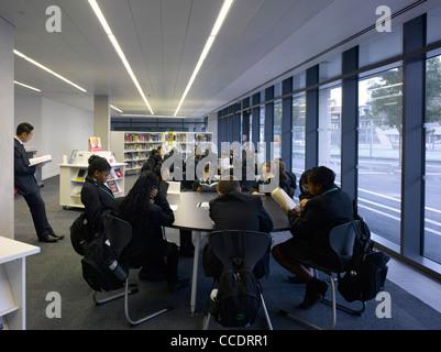 EVELYN GRACE ACADEMY, BRIXTON, ZAHA HADID ARCHITECTS-LIBRARY - Stock Photo