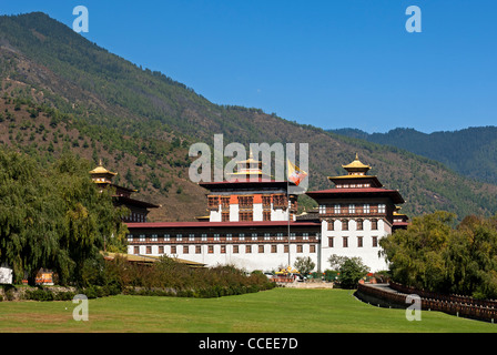 Seat of government Thimphu Dzong or Trashi Chhoe Dzong in the traditional architecural style, Thimphu, Bhutan - Stock Photo