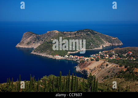 Assos (or 'Asos') one of the most beautiful villages of Kefalonia, with its castle on top of the small peninsula. - Stock Photo