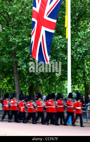 Irish Guards marching along Pall Mall during Trooping the Colour, London , England 2011 - Stock Photo