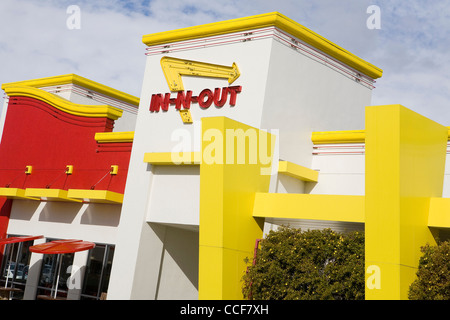 Fast Food Near Palm Springs Airport