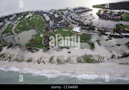 081404 Captiva Island... Evidence of the storm surge appears on the golf course at South Seas Plantation on the - Stock Photo