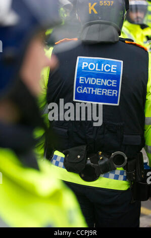 Oct 9, 2010 - Leicester, England, United Kingdom - A phalanx of police officers, numbering in excess of 1,400, equipped - Stock Photo