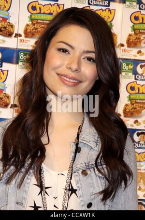 Mar 11, 2010 - New York, New York, USA - Singer and actress MIRANDA COSGROVE promotes 'Quaker Chewy Afterschool Rocks' campaign which calls attention for need afterschool programs held at PS 72 in Harlem. (Credit Image: © Nancy Kaszerman/ZUMA Press)