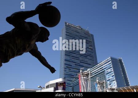 The new Ritz-Carlton Hotel & JW Marriott Hotel in downtown Los Angeles (Photo by Ringo Chiu / Zuma Press) - Stock Photo