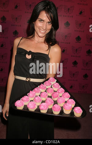 June 26, 2008 - Hollywood, California, U.S. - I13398CHW.''SHIZUE'' U.S. BOUTIQUE GRAND OPENING PARTY AND AMANDA - Stock Photo