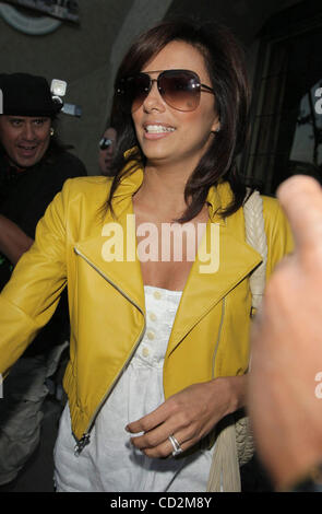 Mar 12, 2008 - West Hollywood, California, USA - Actress EVA LONGORIA leaving the 'Ken Paves' salon surrounded by - Stock Photo