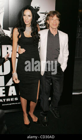 Mar 30, 2008 - New York, NY, USA - L'WREN SCOTT and MICK JAGGER at the arrivals for the New York premiere of 'Shine - Stock Photo
