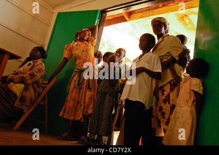 Mar 07, 2008 - Eldoret, Kenya - Kenya has been convulsed by ethnic bloodshed since President Mwai Kibaki's disputed - Stock Photo