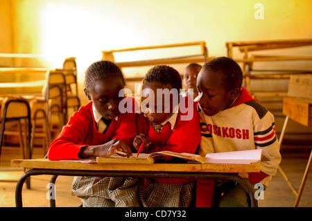 Mar 07, 2008 - Eldoret, Kenya - Kenya has been convulsed by ethnic bloodshed since President Mwai Kibaki's disputed - Stock Photo