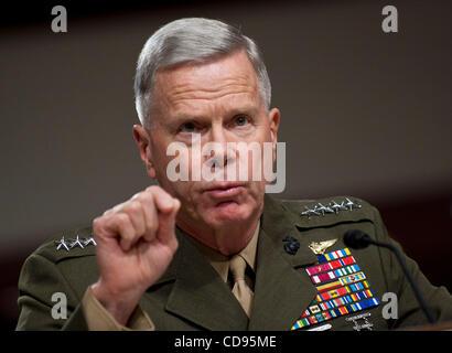 June 22, 2010 - Washington, District of Columbia, U.S., - Gen. James Amos, assistant commandant of the Marine Corps - Stock Photo
