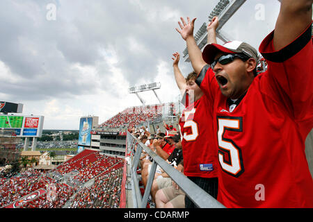 Sept. 12, 2010 - Tampa, FL - DIRK SHADD   |  Times .TP_328118_SHAD_BUCS_22 (09/12/10 TAMPA) Tampa Bay Buccaneers - Stock Photo
