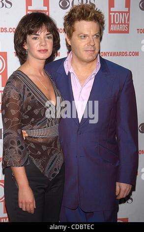 SD05142003        .2003 TONY AWARD NOMINATIONS LUNCHEON AT THE MARRIOTT HOTEL, NEW YORK New York.    /   K30657AR..VICTORIA - Stock Photo