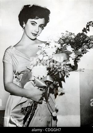 Nov. 2, 1949 - London, England, U.K. - An iconic two-time Academy Award-winning British-American actress ELIZABETH - Stock Photo