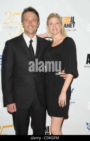Mar. 19, 2011 - Los Angeles, California, U.S. - Michael Vartan and Lauren Skaar Attending The 25th Anniversary Genesis - Stock Photo