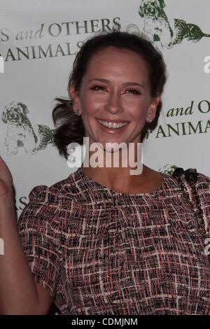 Apr 09, 2011 - Los Angeles, California, USA -  Actress JENNIFER LOVE HEWITT  at the  Actors and Others For Animals - Stock Photo