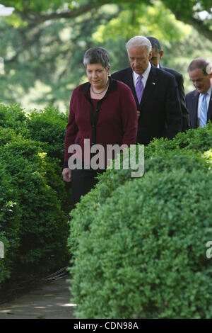 May 12, 2011 - Washington, D.C, U.S. - Homeland Security Secretary JANET NAPOLITANO, Vice President JOE BIDEN, and - Stock Photo