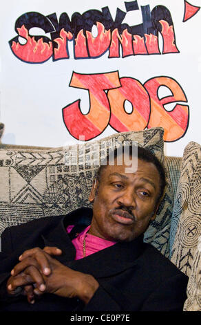 November 7, 2011 - Boxer 'Smokin' Joe Frazier has died after a battle with liver cancer. Joseph William 'Joe' Frazier - Stock Photo