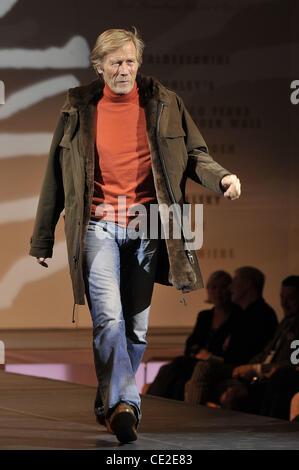 Horst Janson walks the runway at Event Prominent at Grand Elysée Hotel. Hamburg, Germany - 24.10.10 - Stock Photo