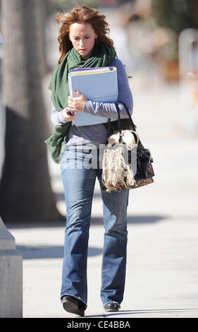 ... Jennifer Love Hewitt Leaving Drybar In Studio City After Getting A Blow  Out Los Angeles,