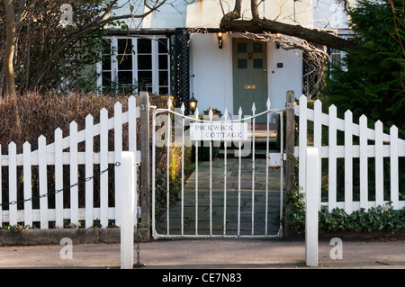 Picturesque Pickwick Cottage in Dulwich Village, South London. - Stock Photo