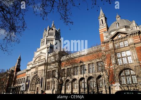 Exterior of the Victoria and Albert museum ,Kensington ,London - Stock Photo