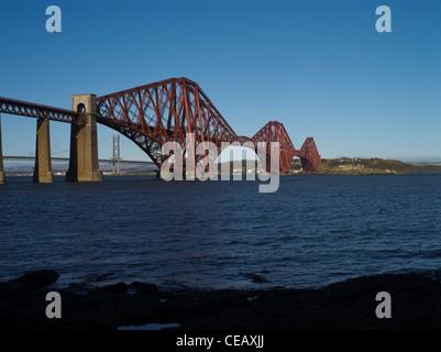 dh Forth Railway Bridge FORTH BRIDGE LOTHIAN Victorian Cantilever steel granite bridge river scotland iron bridges
