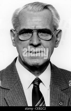Willi Stoph - *09.07.1914 -13.04.1999: Prime Minister of the GDR. - Stock Photo