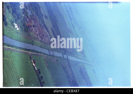 Oblique aerial View, looking north, of market weighton canal in east Yorkshire showing hamlet of sandholme landing - Stock Photo
