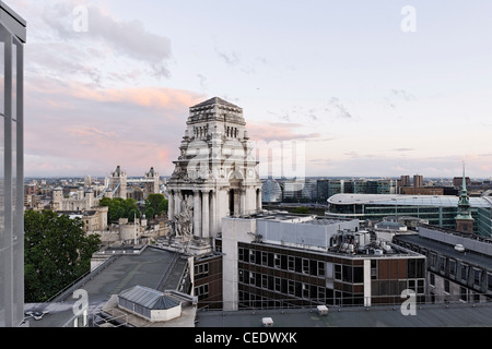 View of Trinity House, Jewel House in the Tower of London, roof terrace MintHotel, Pepys Street, City of London, - Stock Photo