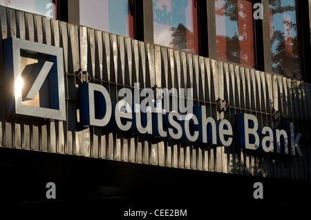 Deutsche Bank German Germany Banking Investment High Street Branch