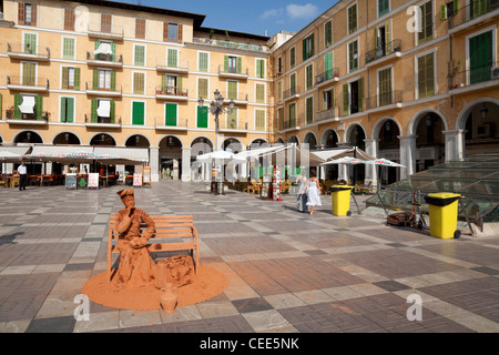 Street entertainer (living statue) in Placa Major, Palma de Mallorca, Spain - Stock Photo