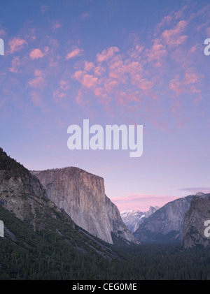 Sunset from Tunnel View lookout Yosemite National Park - Stock Photo