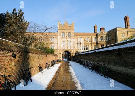 Entrance to Jesus College in Winter, Cambridge, England, UK - Stock Photo