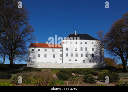 The apparently haunted 12th century medieval Dragsholm Castle in Hørve in north-western part of Zealand, Denmark. - Stock Photo