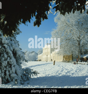 Kenwood House in the snow, Hampstead, London, UK, GB - Stock Photo