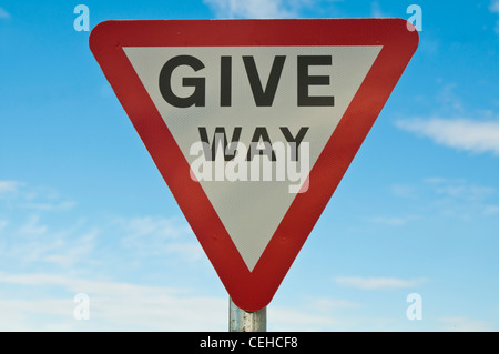 UK 'give way' road sign - Stock Photo