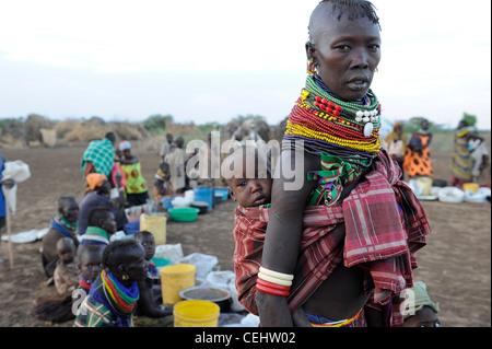 Africa KENIA Turkana Region, Kakuma, Turkana tribe suffer from drought and food shortage, food distribution by Don - Stock Photo