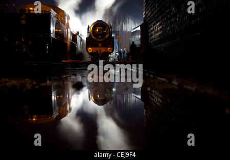 Great Central Railway steam locomotive engine shed, Loughborough, Leicestershire at night. - Stock Photo