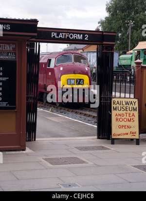 Class 42 Warship at Kidderminster Station on the Severn Valley Railway - Stock Photo