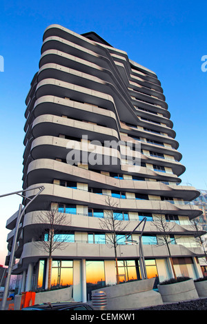 marco polo tower hamburg stock photo royalty free image 66812520 alamy. Black Bedroom Furniture Sets. Home Design Ideas