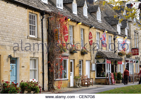 The Old Stocks Hotel, Stow-on-the-wold, Gloucestershire, England. c16th century town house now grade II listed. - Stock Photo